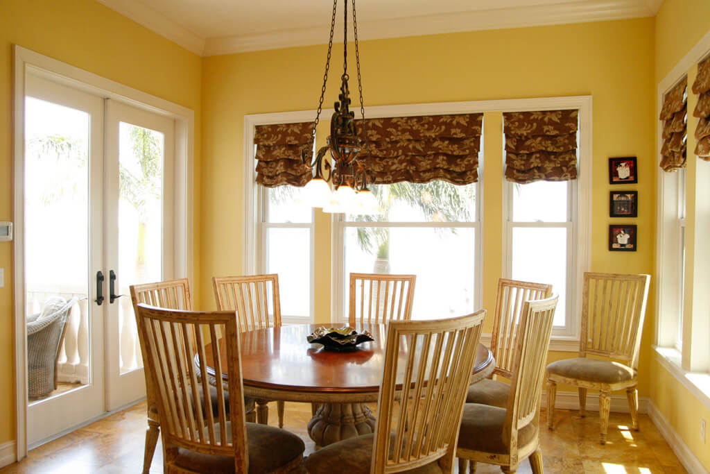 Breakfast Nook 9